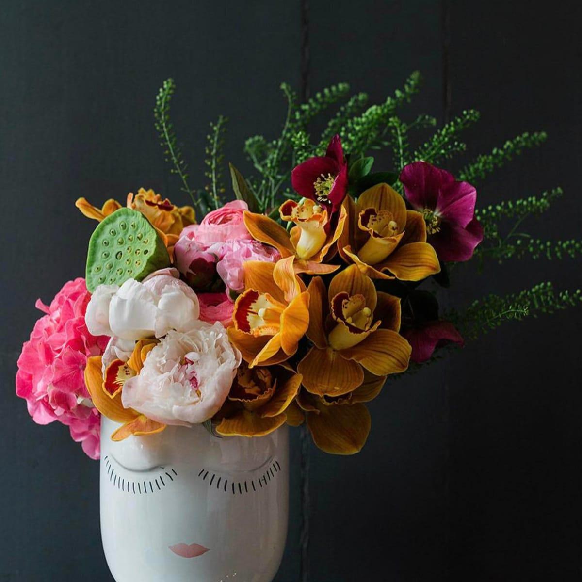 Simply Elegant Dallas floral arrangement