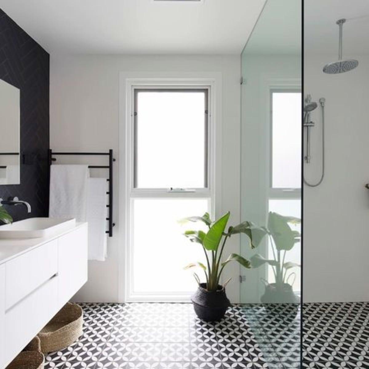 Houzz Bathroom Remodel Tiled Shower