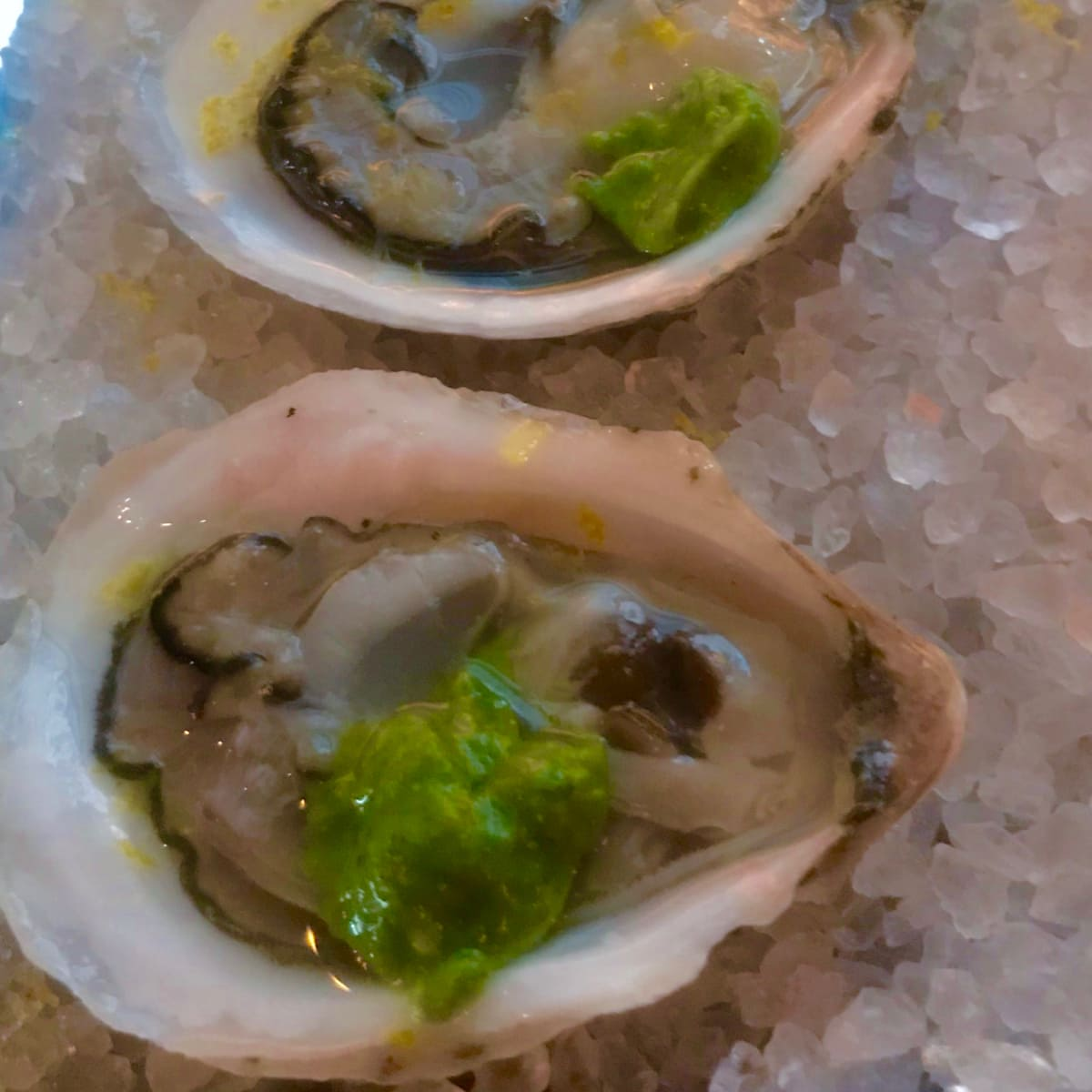 Cafe Annie raw oysters
