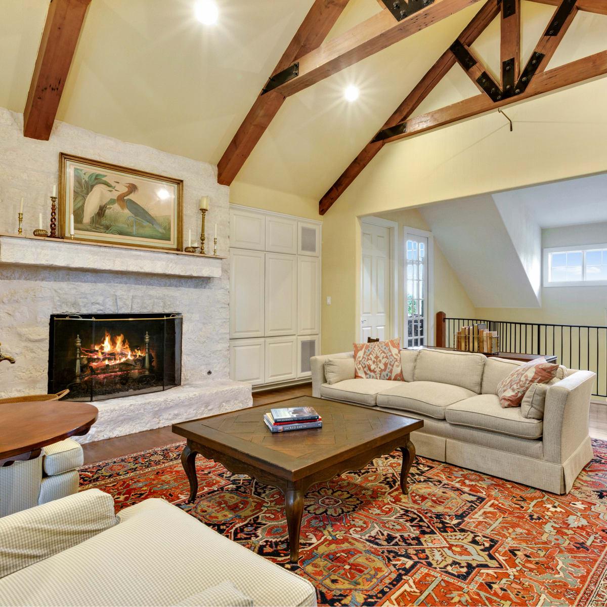 Austin house_4902 Ridge Oak