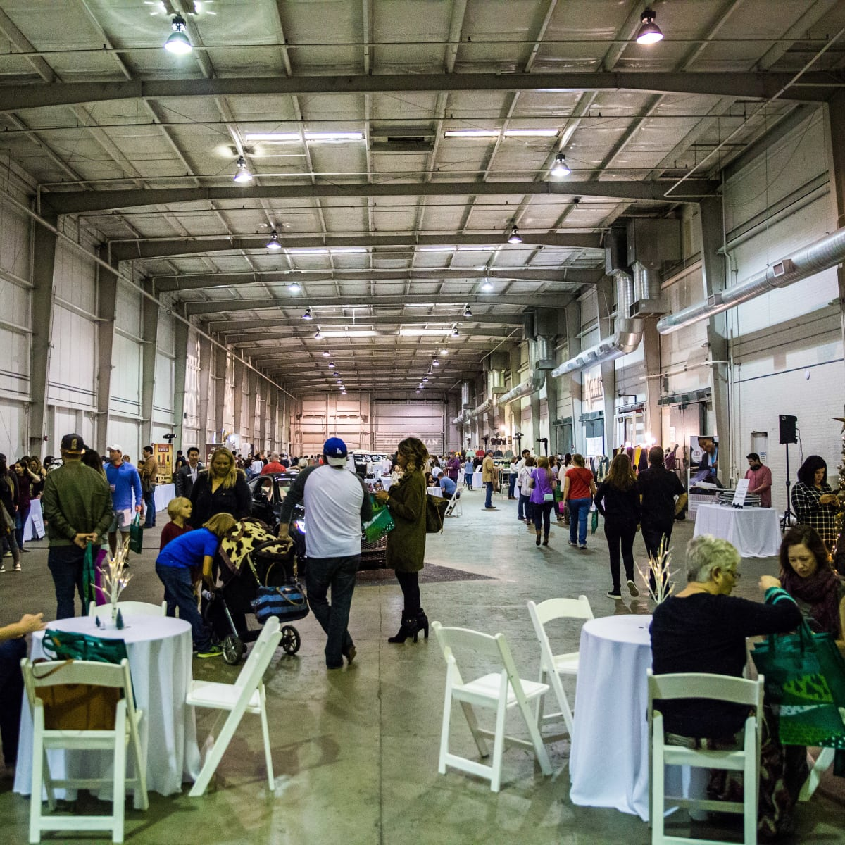 Houston, CultureMap Holiday Pop-Up Shop, November 2017, crowd