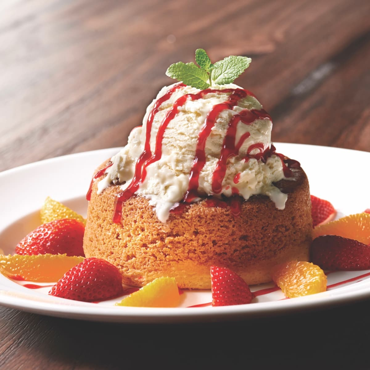 Mastro's Warm Butter Cake