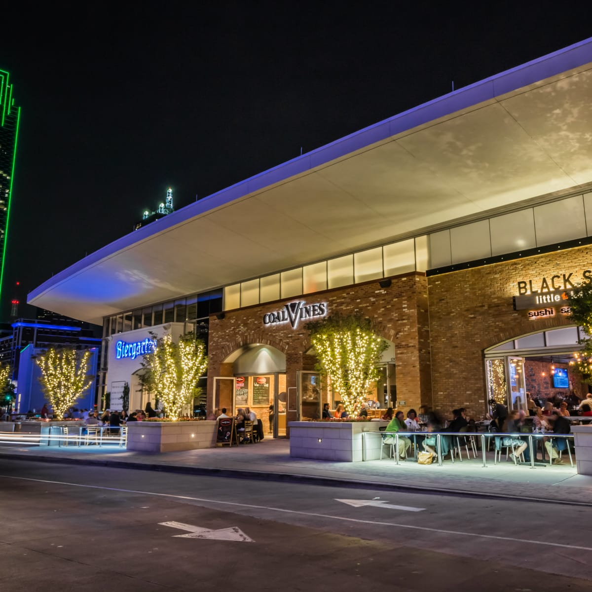 Restaurants on Lamar Street in Dallas
