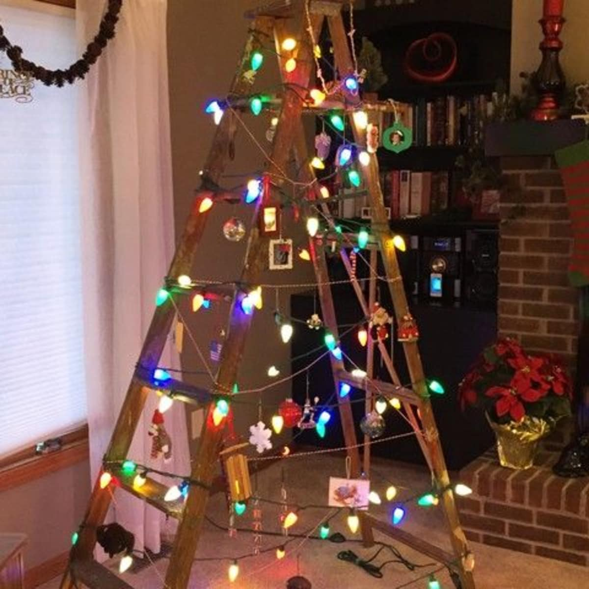 minimalist christmas tree ladder - Christmas Tree Ladder Decoration