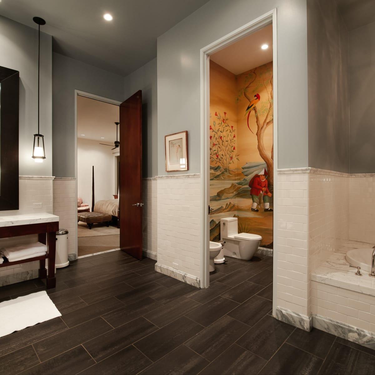 2278 Monitor Street, Dallas Design District warehouse, bathroom