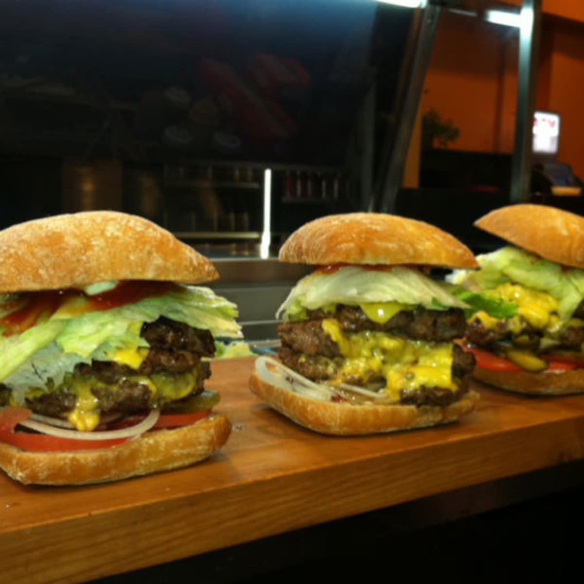 Fat Rabbit, burger sliders