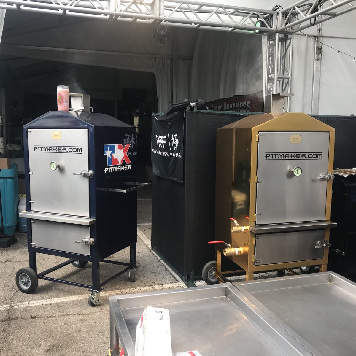 Rodeo barbecue cook-off Pitmaker pits