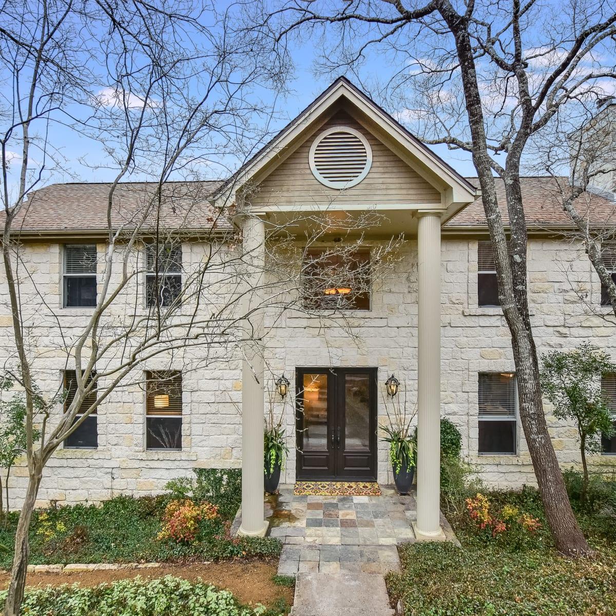 Austin house_9606 Bitternut