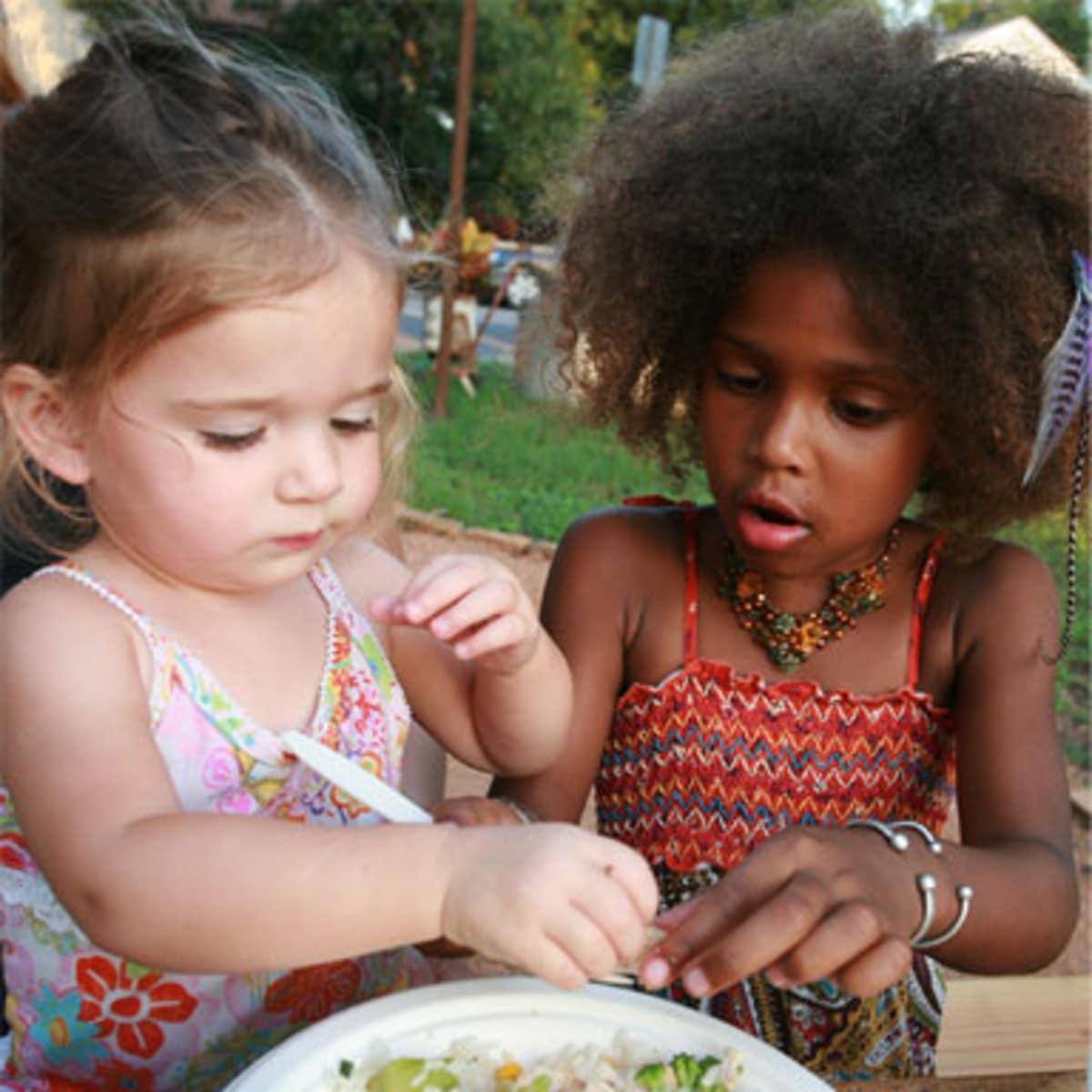 Austin Photo: Places_Food_cazamance_girls