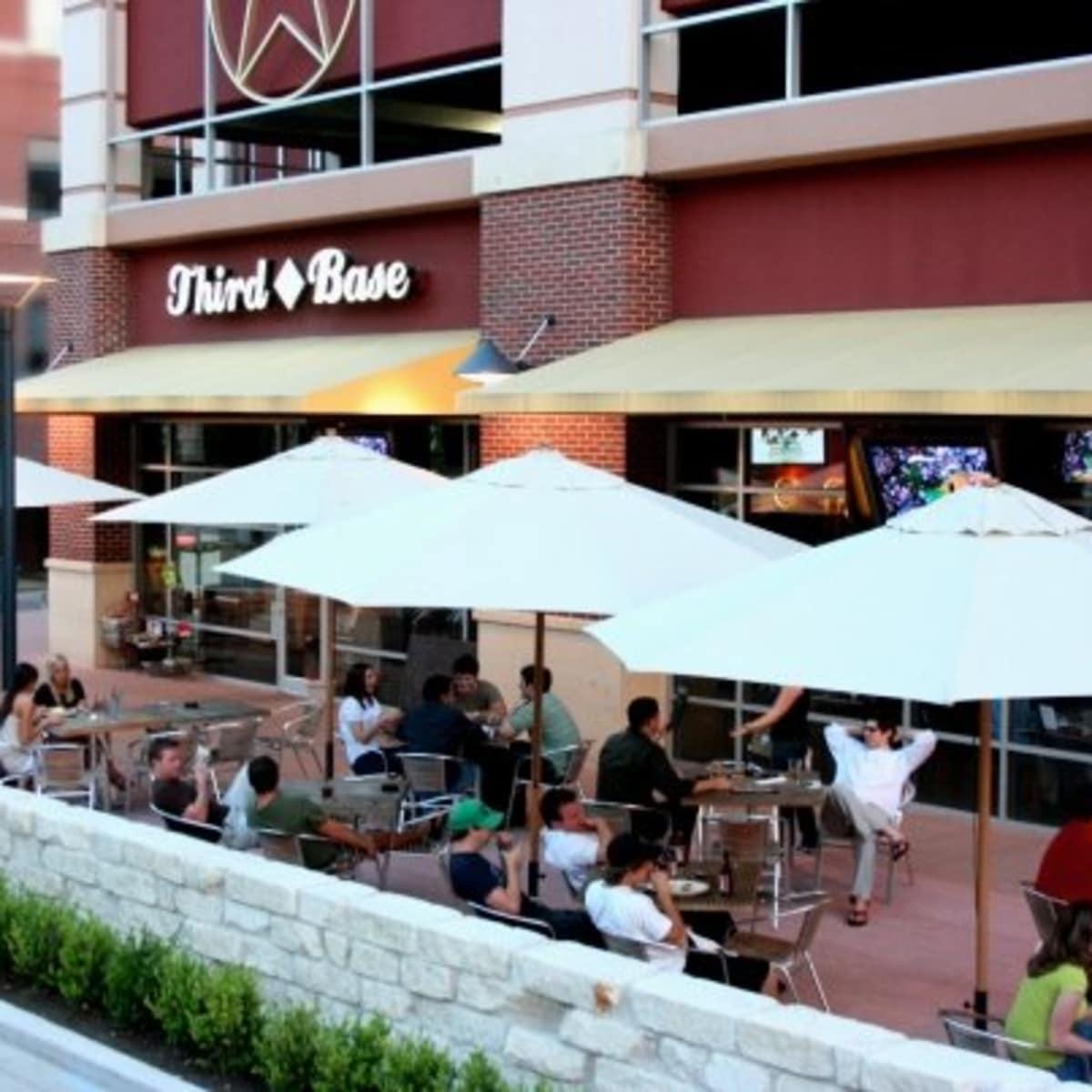 Austin Photo: Places_food_third base_exterior