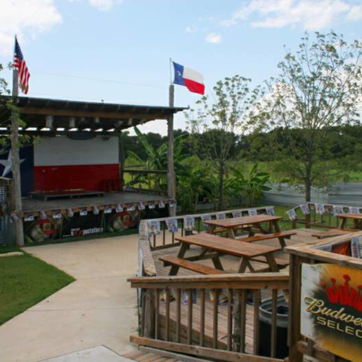 Austin_photo: places_drinks_cindy's gone hog wild_exterior