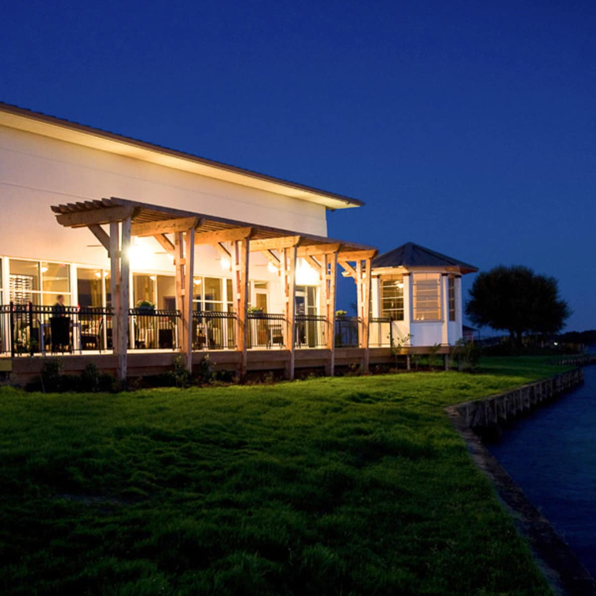 Places-Hotels/Spas-Chez Roux at La Torretta del Lago Resort