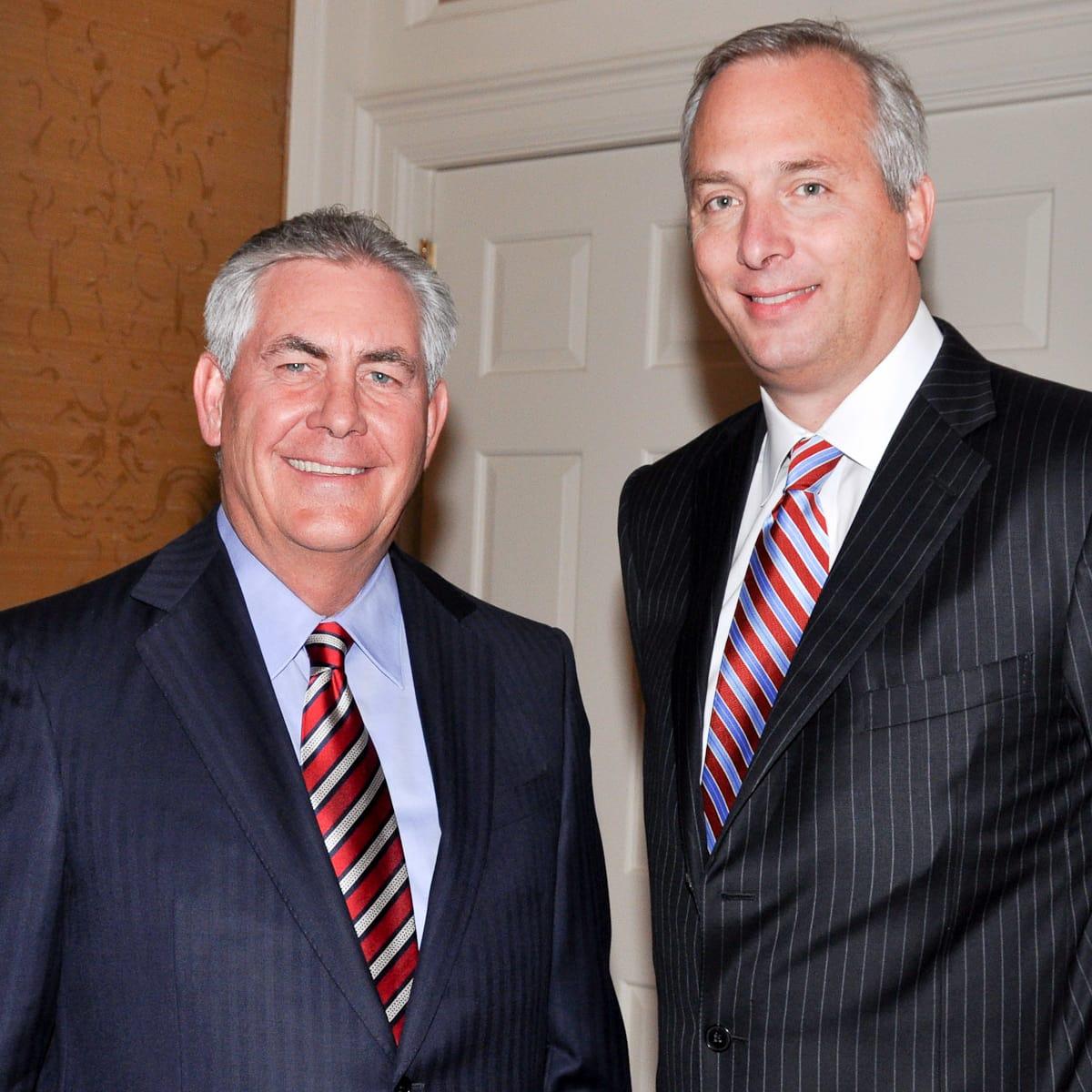 News_United Way deTocqueville_2009_Rex Tillerson_Bobby Tudor