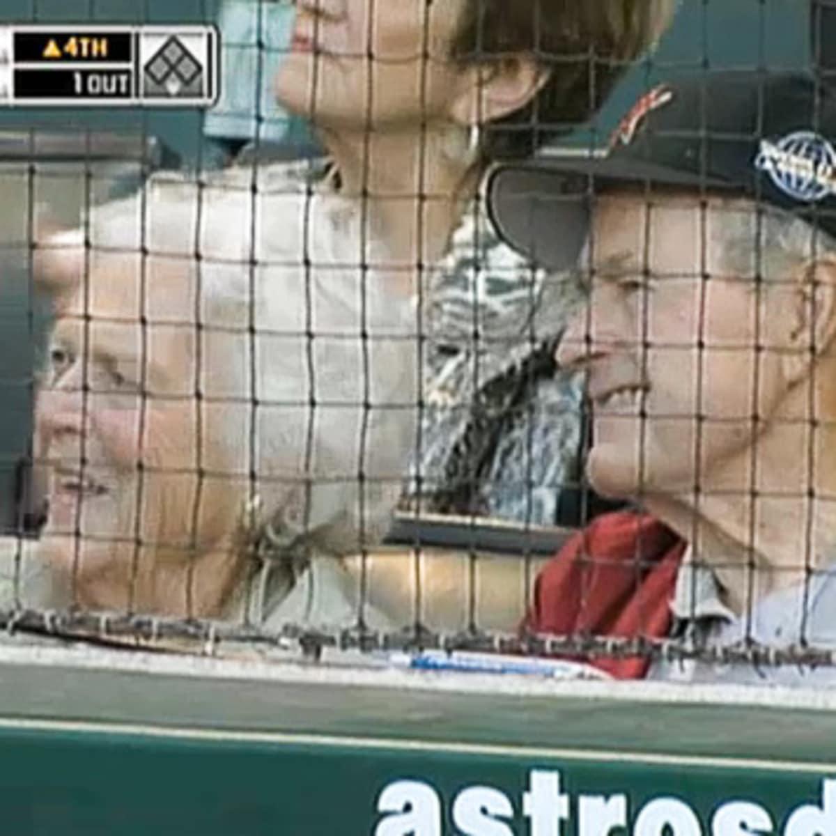 News_Opening day_Astros_Barbara Bush_George Bush
