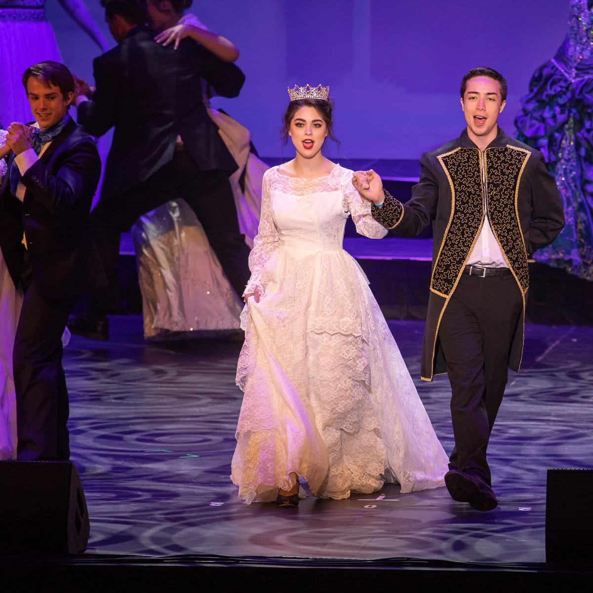 Sierra Roberson, Noah Aguilar and the Company of Frenship High School's Cinderella