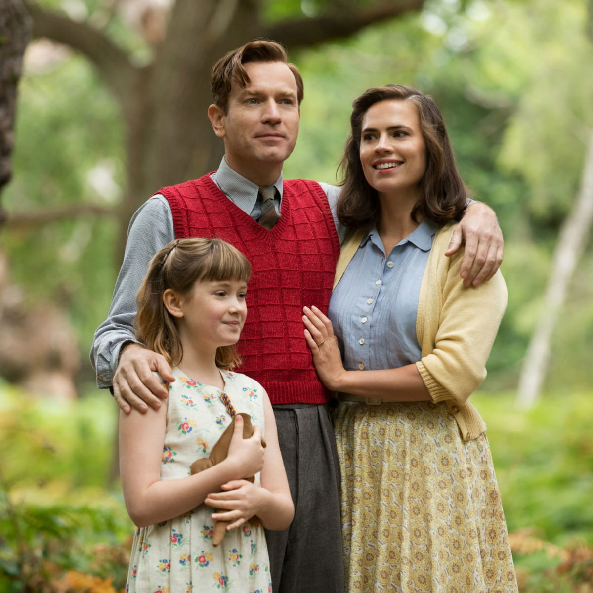 Bronte Carmichael, Ewan McGregor, and Hayley Atwell in Christopher Robin