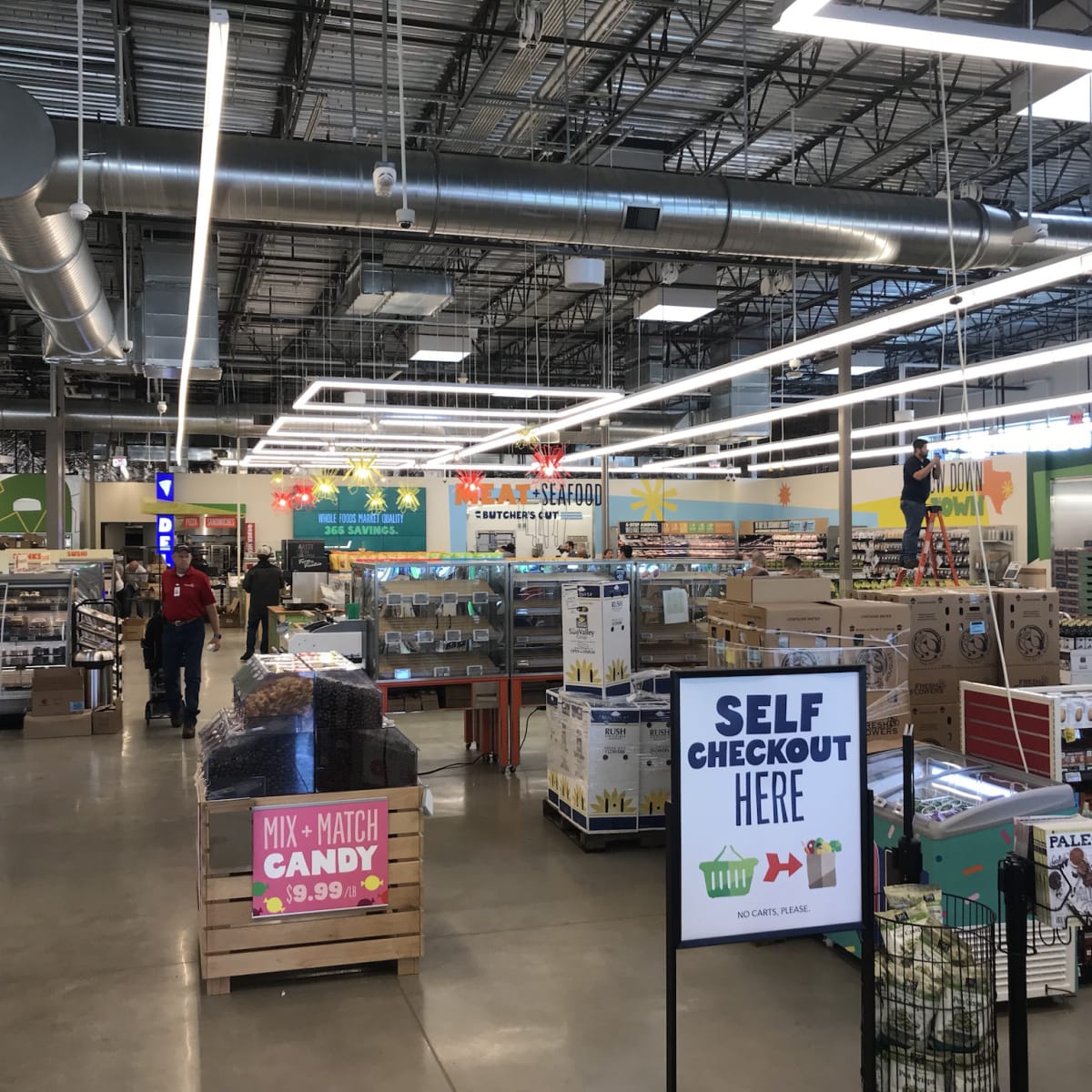 Whole Foods 365 Heights interior