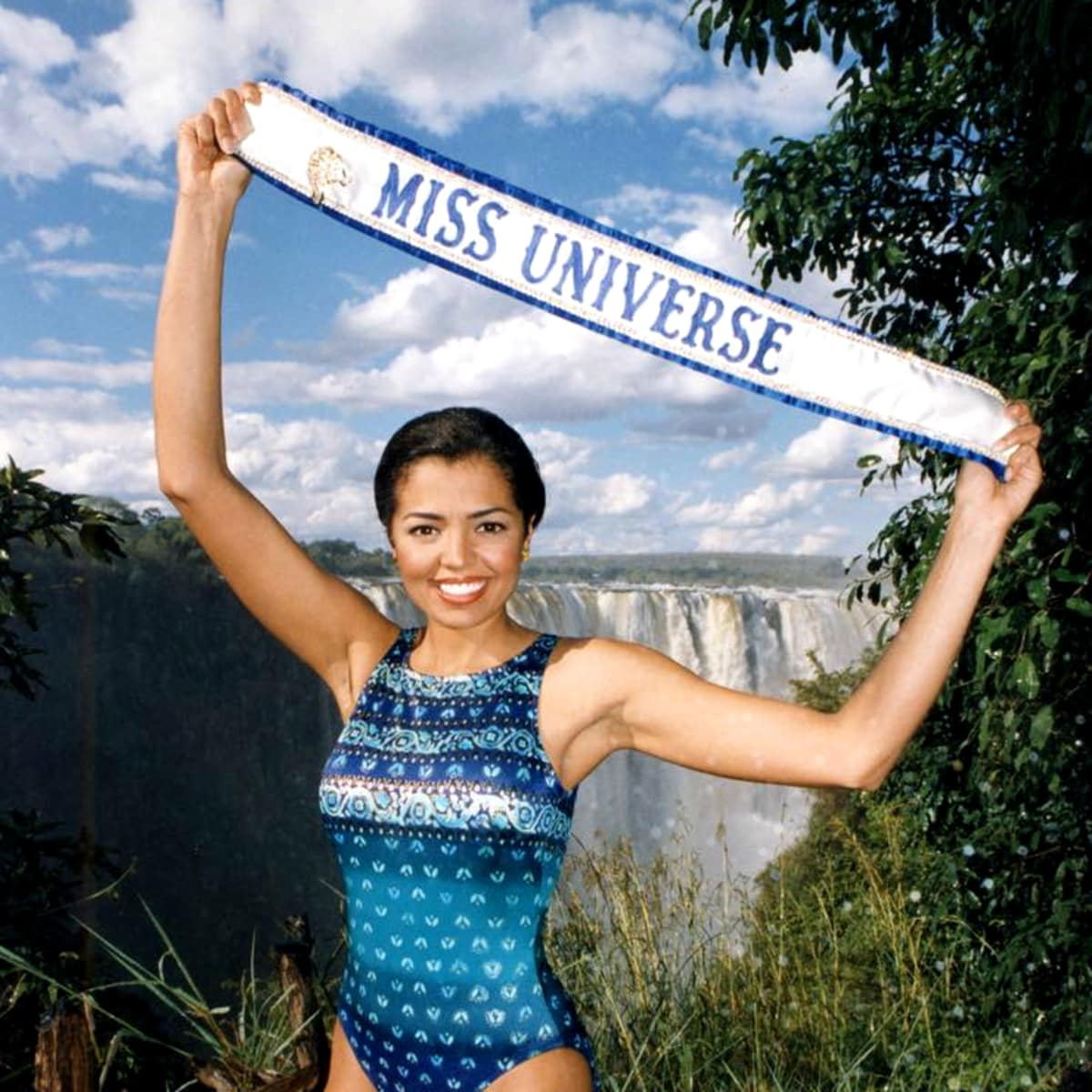 Chelsi Smith Miss Universe