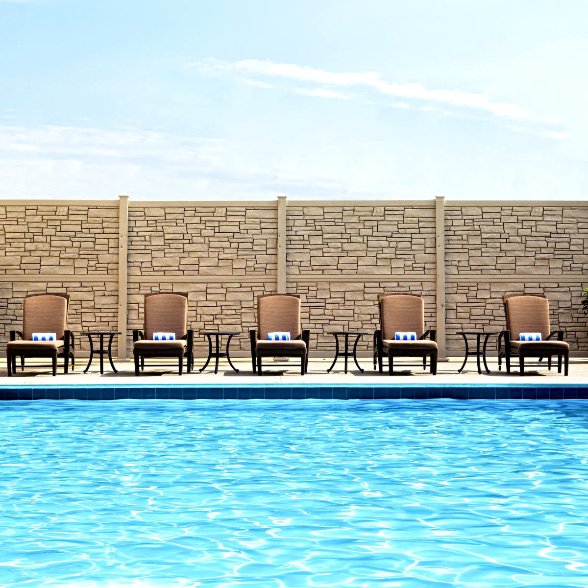 The Westin Galleria Houston pool