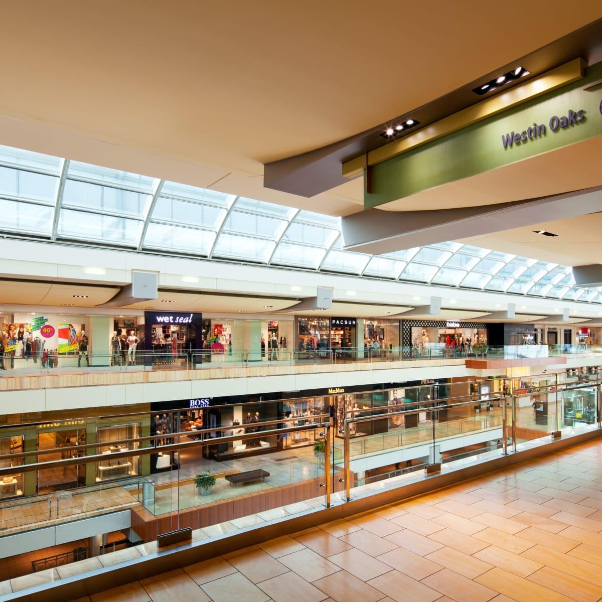 Westin Oaks Houston Galleria entrance
