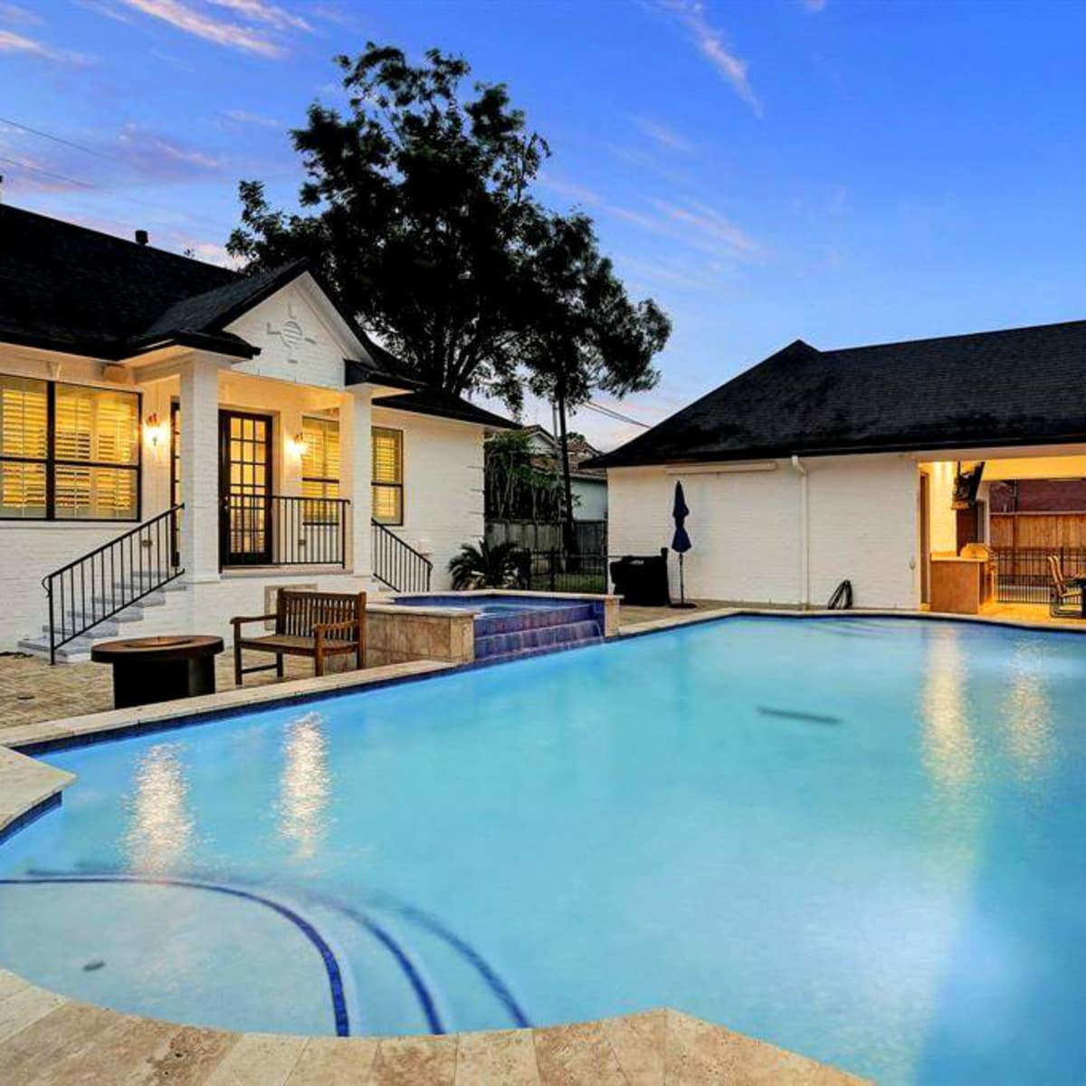 Tom Herman home for sale pool