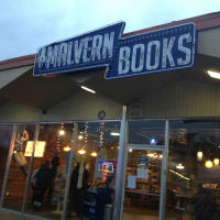 Malvern Books sign