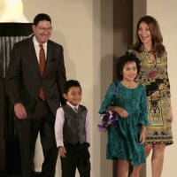 Scott and Soraya McClelland with Texas Children's Cancer Center patients