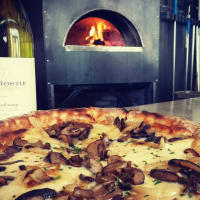 Stella Public House restaurant pizza wine oven kitchen