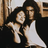 Salma Hayek and Antonio Banderas in Desperado