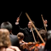 Houston Symphony Music Director Andrés Orozco-Estrada and the orchestra