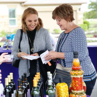 Homegrown Art & Wine Walk