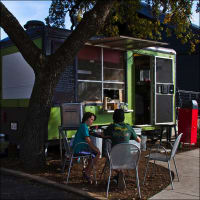 Austin Photo: Places_Food_lukes_inside_out_exterior