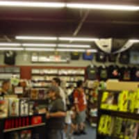 Austin Photo: Places_shopping_austin_books_and_comics_interior
