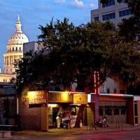 Austin_photo: places_food_texaschiliparlor_exterior