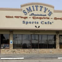 Places-Eat-Smitty's Louisiana Cafe and Bar-exterior-1