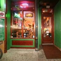 Places-Food-Frank's Pizza entrance