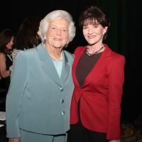 News_Philanthropy Day_Nov. 2009_Barbara Bush_Beth Sanders Moore