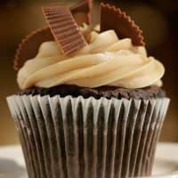 Places_Food_Ooh La La_cupcake