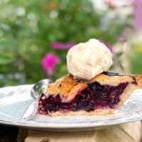 Sweet Lucy's Pies, pie