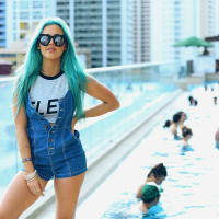 DJ Tigerlilly pool sunglasses