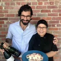 Chiles en Nogada meet Champagne