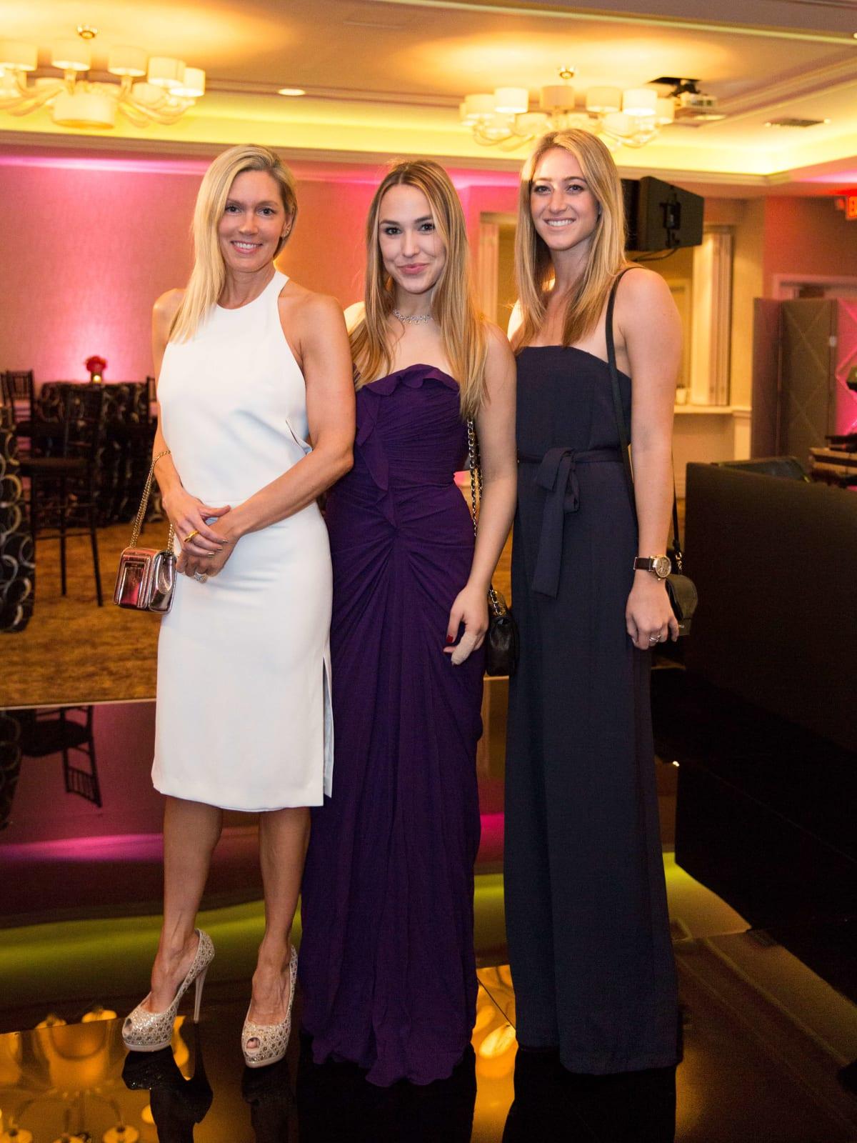 Kimberly Aston, Rebecca Sommer, Ciara Tabb