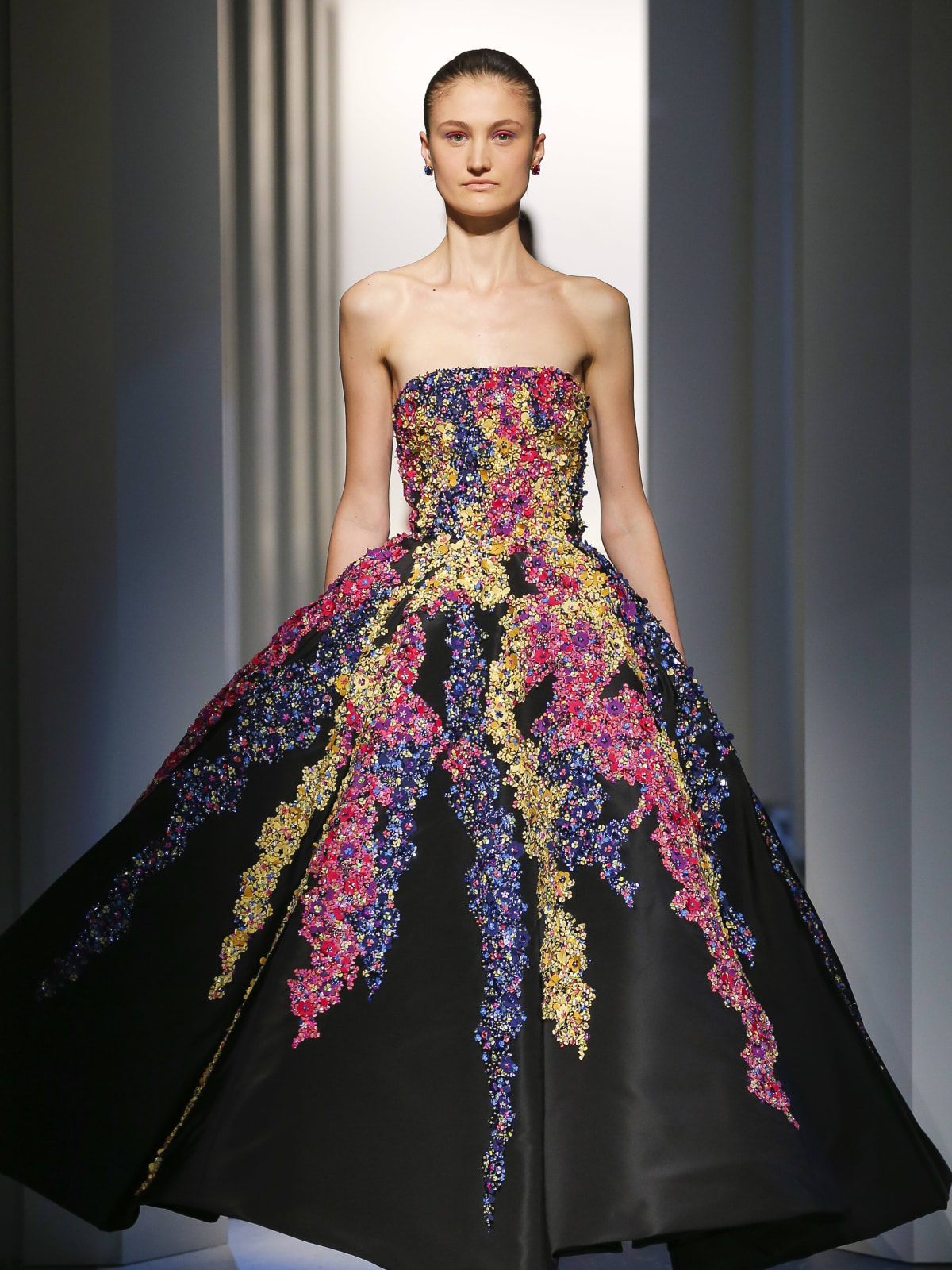 New design duo aims to recapture the magic at Oscar de la Renta ...