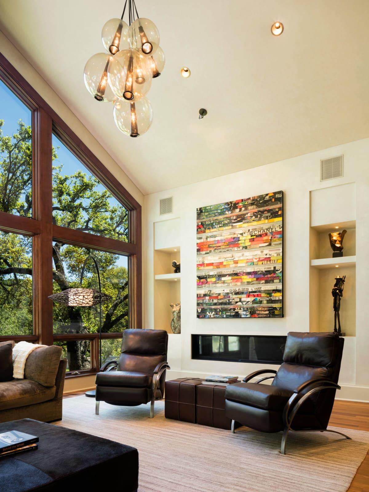 Austin house home 101 Pascal Lane Weslake Rob Roy neighborhood living room light fixture