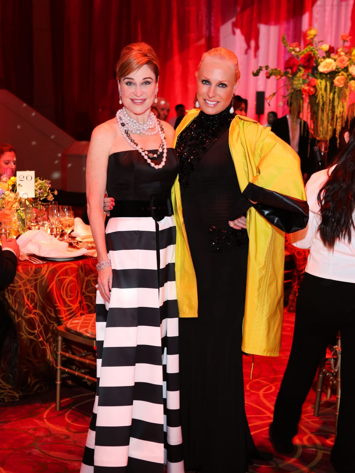 Houston Grand Opera Ball, 4/16, Becca Cason Thrash, Suzanne Saperstein