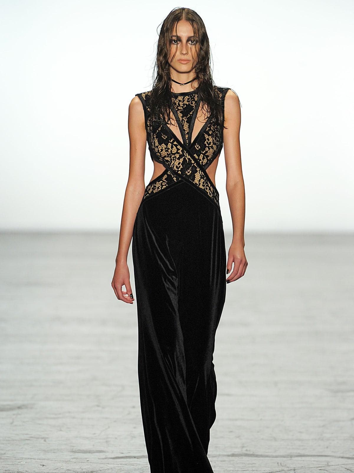 Tadashi Shoji fall 2016 gown look 16
