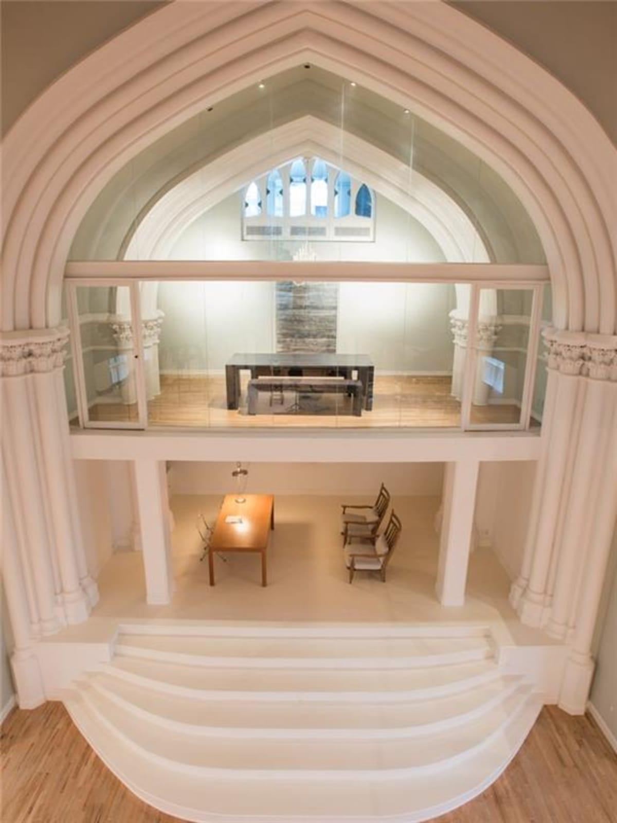 2700 Fairmount St. altar
