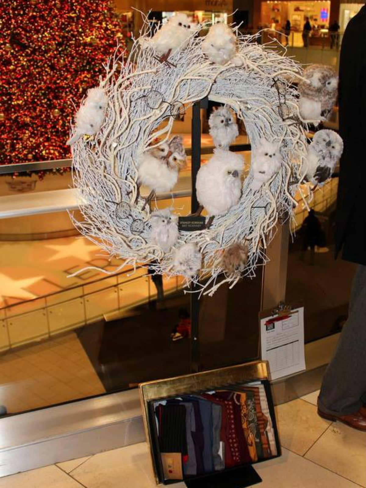 Stanley Korshak DIFFA Wreath Collection