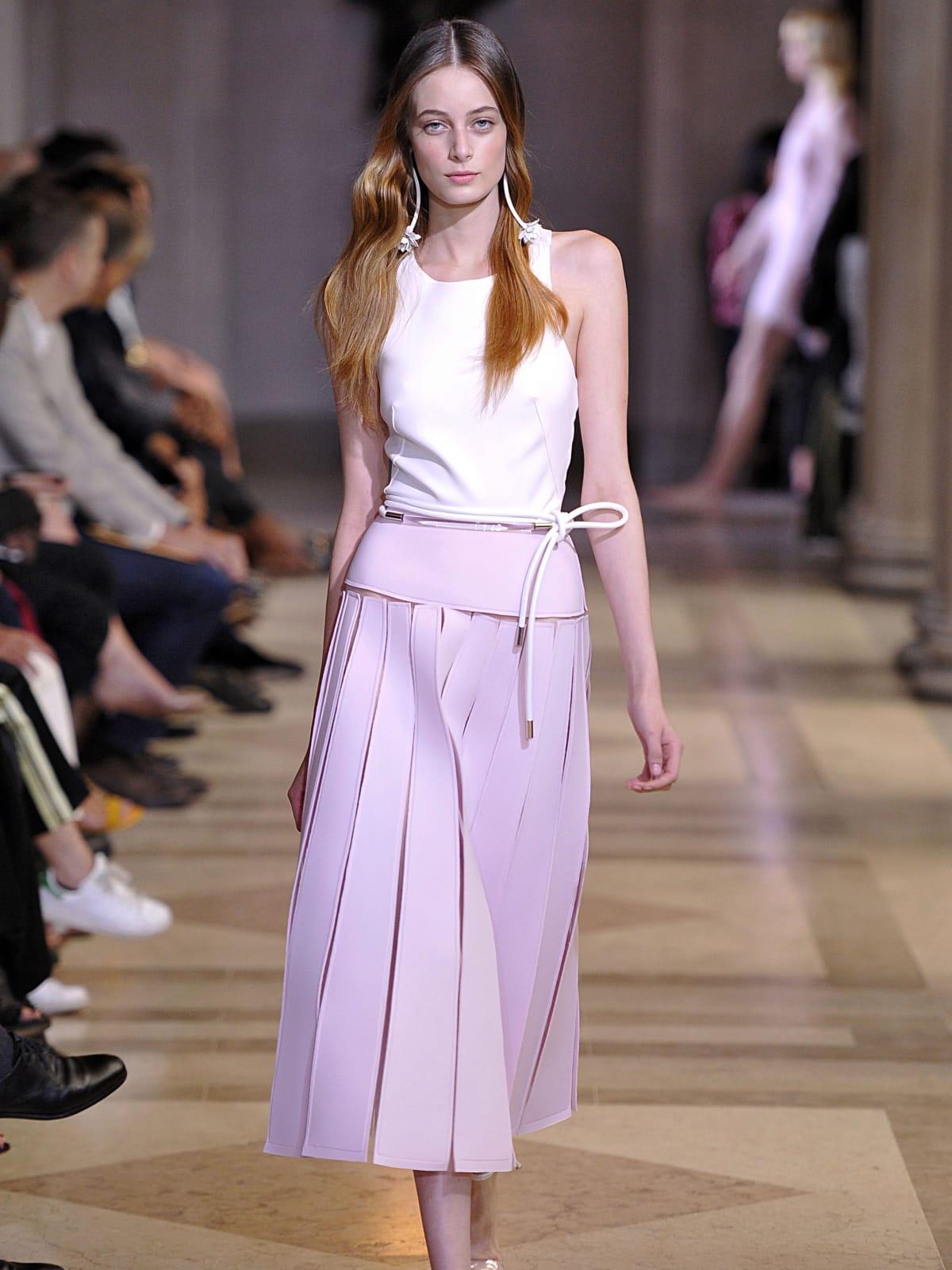 Carolina Herrera spring 2016 collection Look 2