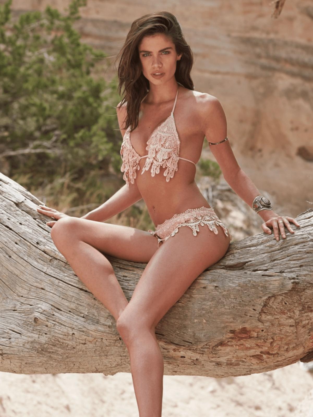 Sara Sampiao in Sports Illustrated